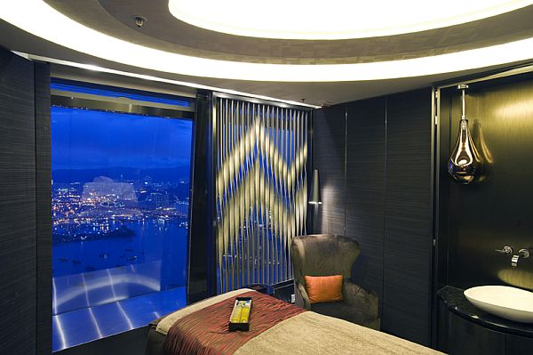 Hirsch Bender Associates в Ritz-Carlton Hong Kong